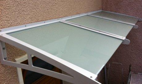 Entreprise de vitrerie spécialisée dans la création marquise acier thermolaquée Saint-Genis-les-Ollières